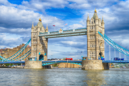 Picture of the Tower Bridge in London
