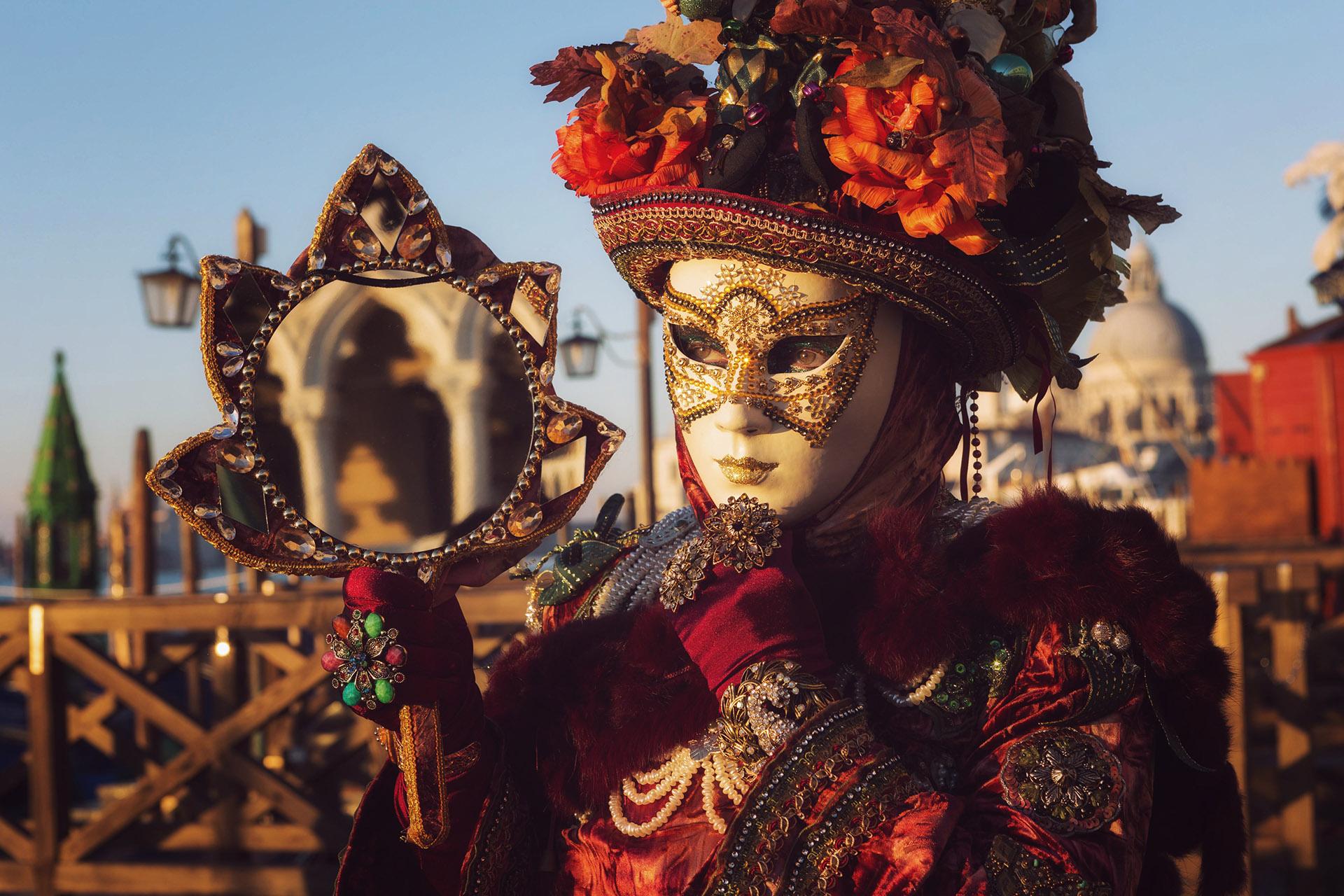 Italy-Venice-CarnivalMasks