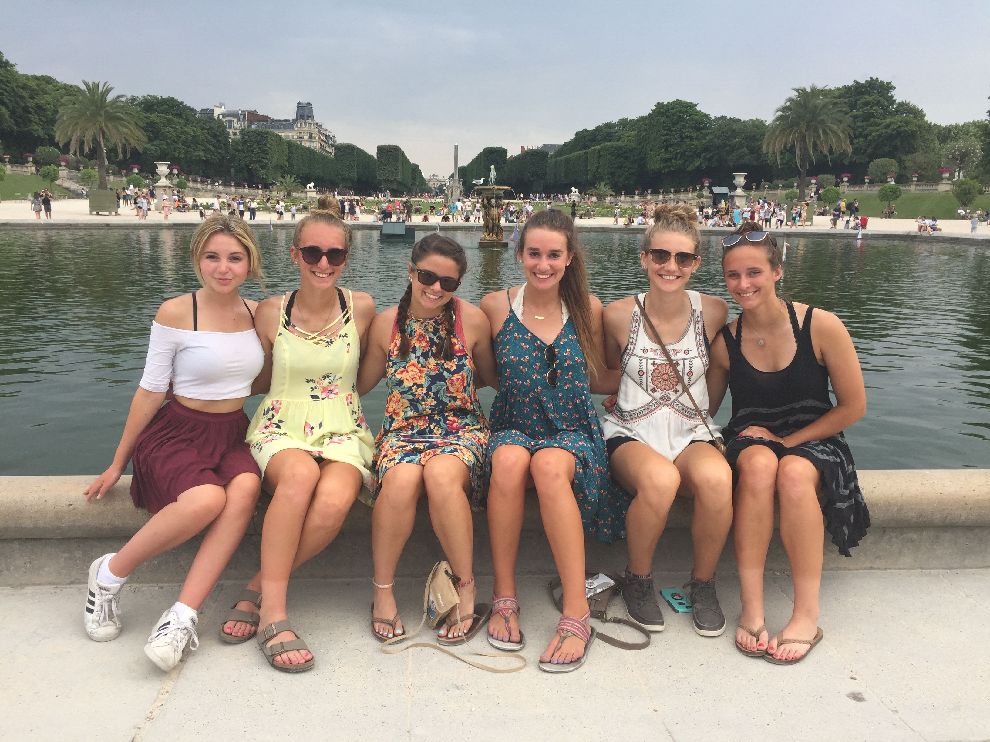 Group pic in the Versailles Gardens