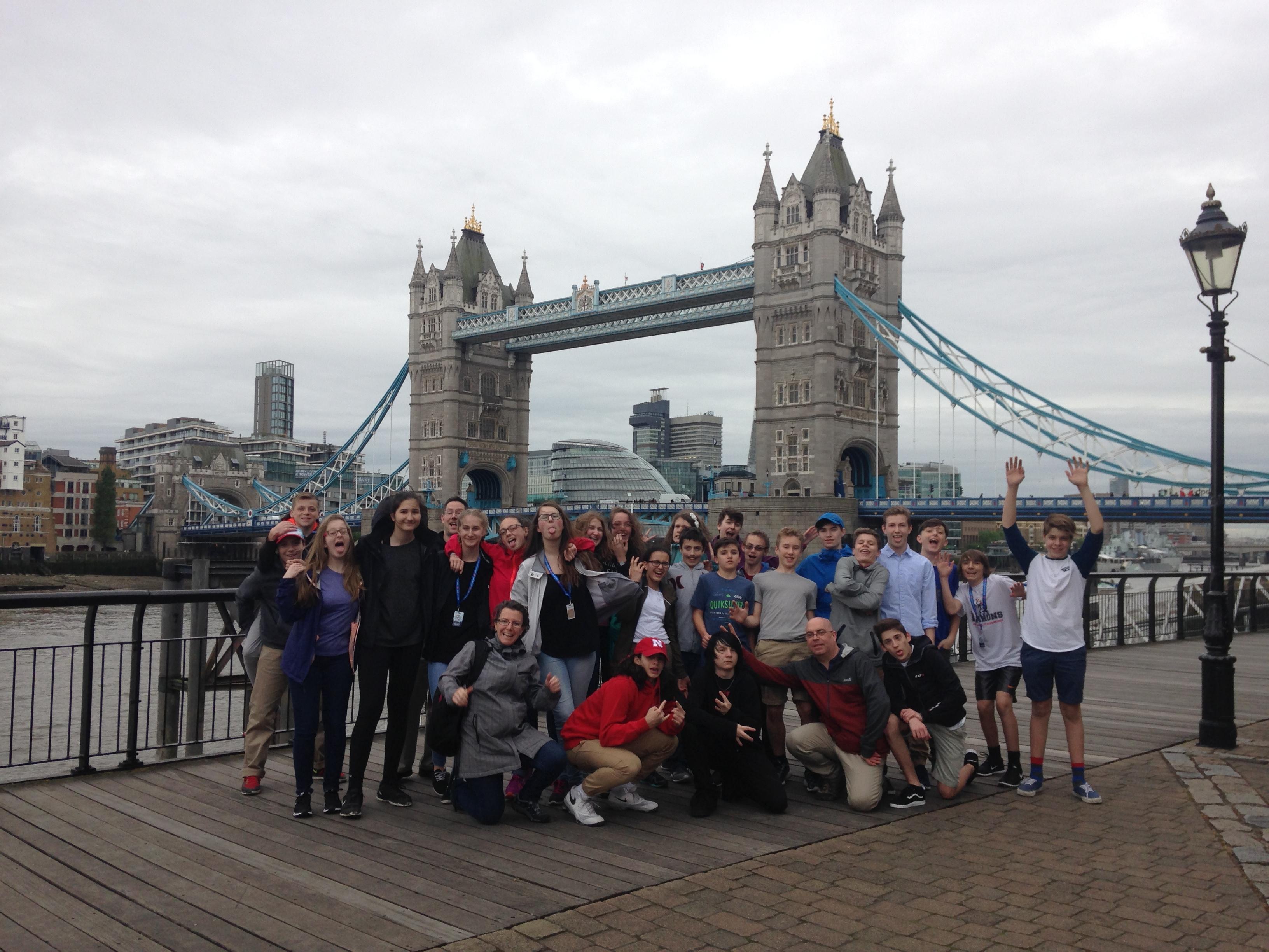 UK_London_Youth_Tower Bridge