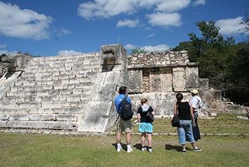 Jumpstreet-Tours-Home-Page-Destination-Guatemala